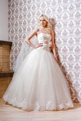Прокат,  продажа свадебных платьев